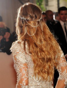 Cascading loose hairstyles
